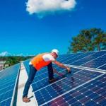 Instalação de placa de energia solar